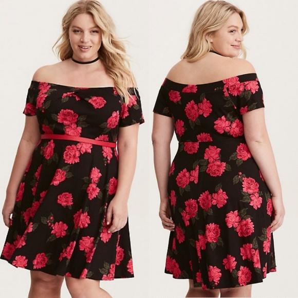 acf453f450c Torrid Black   Red Rose Off Shoulder Skater Dress.  M 5bce2afd7386bcca358236a1